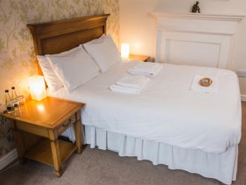 The Waggon & Horses - En-suite double room.