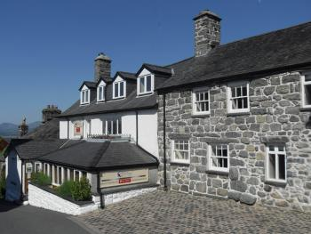 Castle Cottage Restaurant with Rooms - The main building and Grade II listed annex, both dating from the 16 century