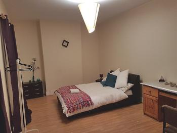 Cozy Haven - Grafton - Family Superior room that can have 3 beds to accommodate a family or twin beds