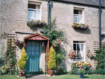 Hallbarns Farmhouse Bed & Breakfast - Entrance