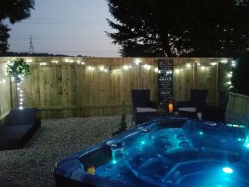 Thorpe Thewles lodge - Private Hot Tub Garden