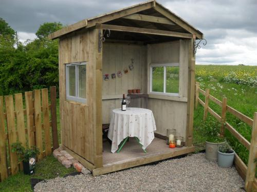 Berwick-Upon-Tweed United Kingdom  city pictures gallery : The Shepherds Hut, Berwick Upon Tweed, United Kingdom Toprooms