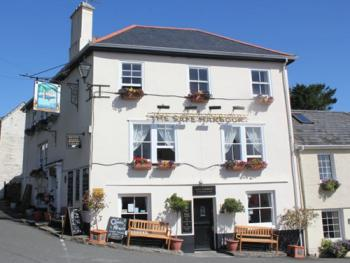 Safe Harbour Inn -