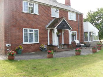 The Farmhouse Bed And Breakfast - The Farmhouse