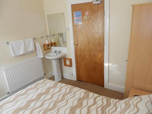 Standard Double Room 1 (shared shower/toilet)