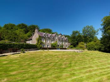 Noyadd Trefawr - Noyadd Trefawr, with 11 acres of gardens & private woodland to explore.  Bed and breakfast in the Cardigan Bay countryside