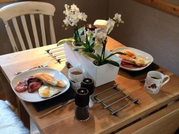 Owl Lodge - You can cook yourself a delicious Breakfast