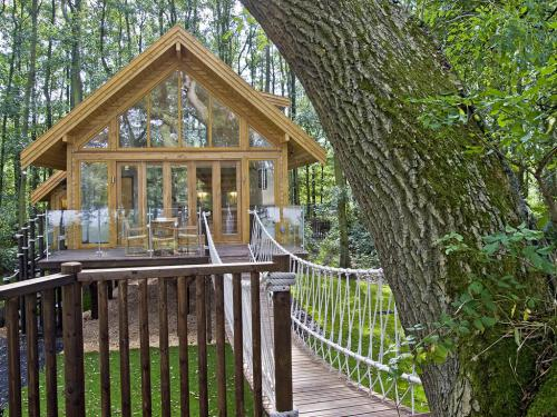 Cleveley Mere Lakeside Boutique Lodges
