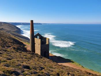 Wheal Coates overlooking Chapel Porth beach