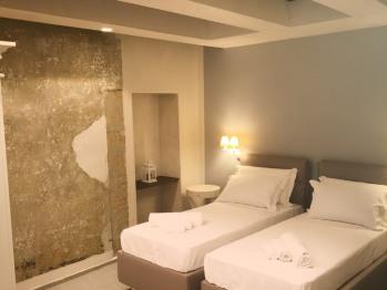Camera doppia-Comfort-Bagno privato-Vista sul cortile