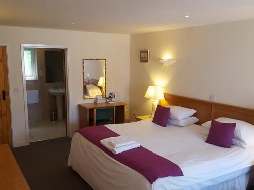Double room-Ensuite-Disabled Facilities - Base Rate