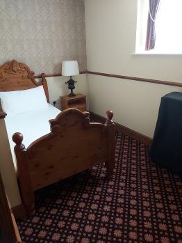 Bottom bedroom