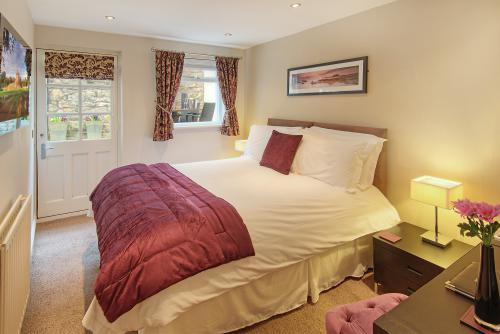 Classic Room 3 - En-Suite with Private Deck - (Room Only)