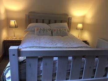 Classic-Apartment-Private Bathroom - Base Rate