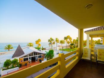 Apartamento Pilar - Terraza y vistas al mar