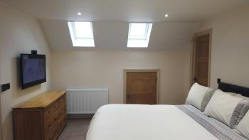 Willow - Room 3-Double room-Luxury-Ensuite with Shower-No view - Base Rate