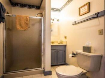 Alethea Suite Bathroom
