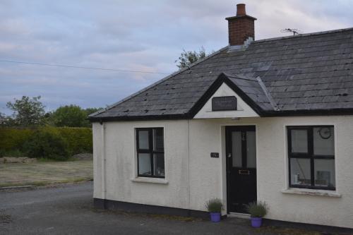 Ballyginny Cottage front