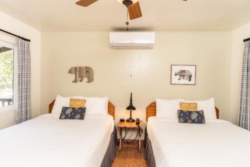 Buckeye Room 08