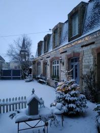 Presbytère sous la neige