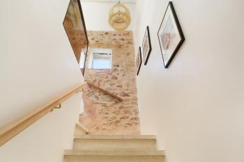 Escaliers vers la chambre