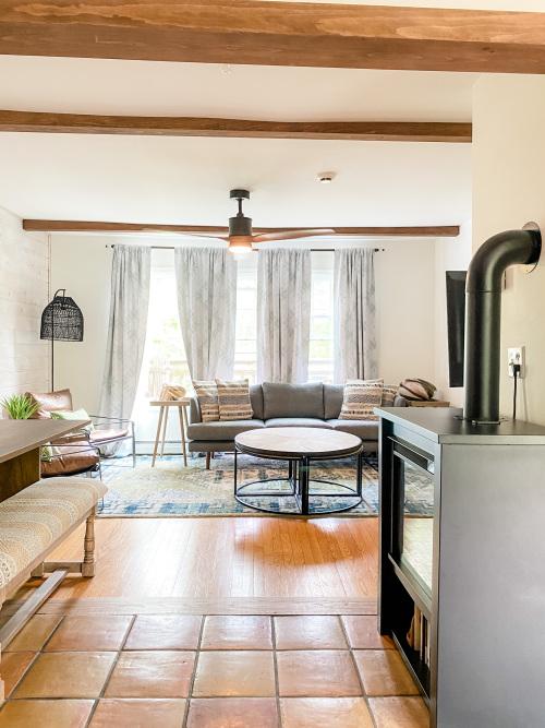 Three-Bedroom -Suite-Private Bathroom