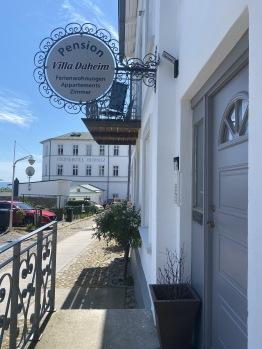 Villa Daheim Eingang