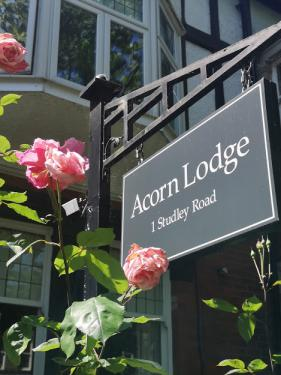 Welcome to Acorn Lodge