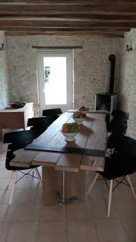 La table : Un brin d'imagination, quelques dessins et beaucoup d'efforts...