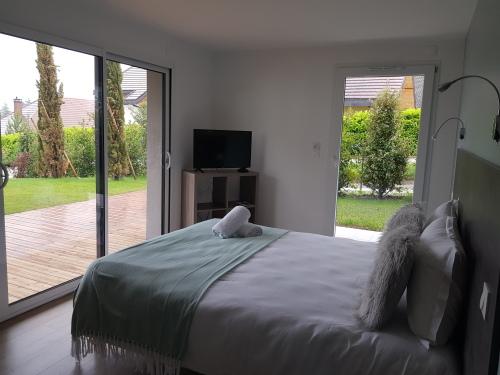 Duplex-Apartment-Ensuite with Bath-Mountain View-4 etoiles