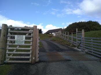 Riverview Retreat - entrance