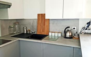 Petite cuisine, neuve et équipée