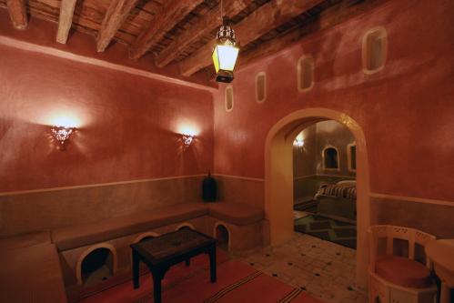 Suite-Orion-Salle de bain privée séparée-Vue sur Piscine