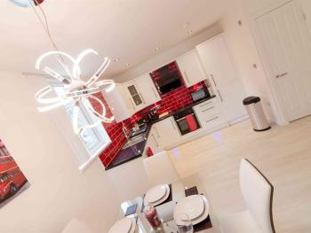 Live in Leeds Nazarene Apartments - Apartment 2 dining/kitchen