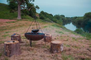 Outdoor Eating & Brazier