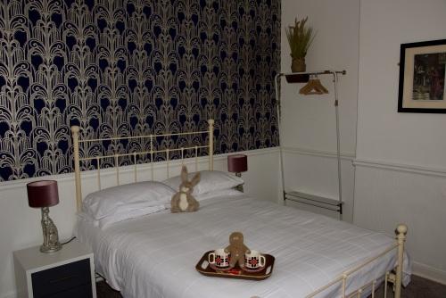 Double room-Deluxe-Ensuite with Shower-Landmark view-2nd Floor - Bed and Breakfast