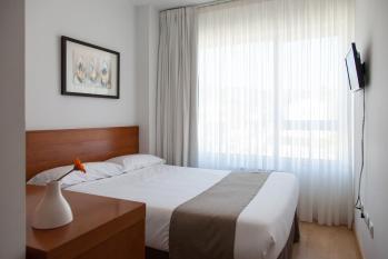 Hotel Miera habitación doble pequeña