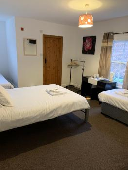 Family room-Ensuite-Sleeps 4 (Room Only)