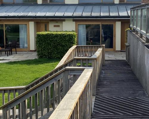 Twin En-suite - Garden Room - Disabled Facilities