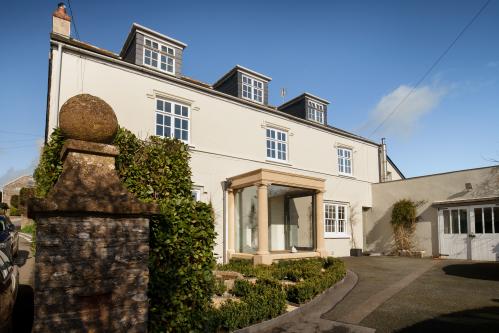 Strete Barton House1