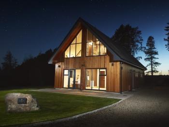 Cedar Lodge - Hot Tub/Countryside Views