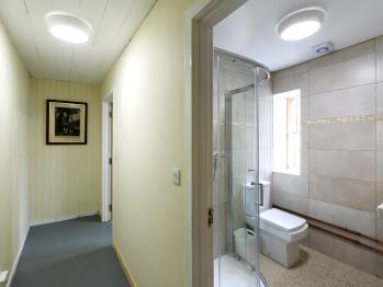 Bathrooms in Deanich Lodge