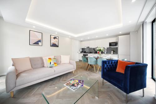 2 bedroom property-Luxury-Apartment-Ensuite-Patio - Base Rate
