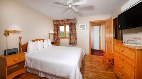 Double room-Ensuite-Standard-Suite # 3