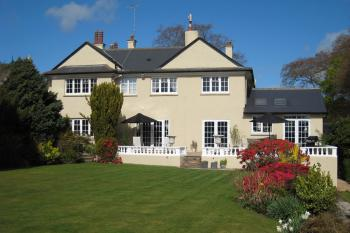Heath Close Bed and Breakfast -