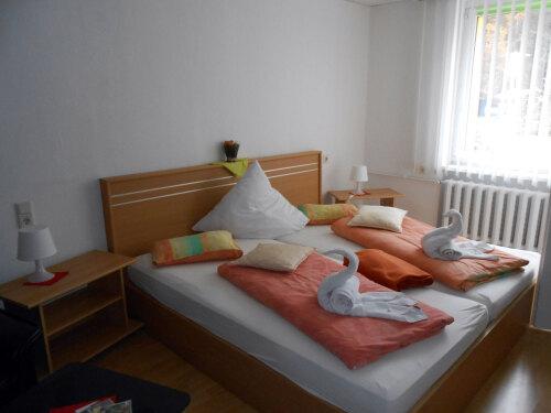 Dreibettzimmer-Einfach-Eigenes Badezimmer-Blick auf den Wald-3 Bett - Standardpreis