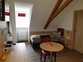 Apartment-Economy-Eigenes Badezimmer - MyWeb