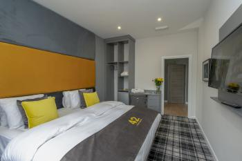42 Apart-Hotel - Executive Bedroom