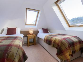 1st floor guest room in cottage Ghillie's Rest