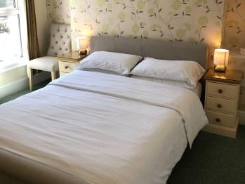 Double Ensuite Guest Room